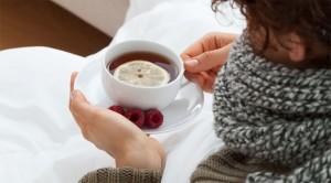 Пить чай от простуды